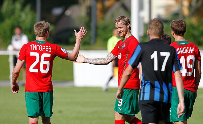 Павлюченко сделал дубль в матче против «Черноморца»