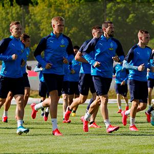 «Крылья Советов» продлили контракты с шестью футболистами