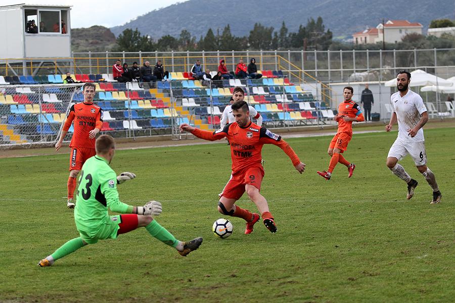 «Урал» уступил в контрольном матче на Кипре