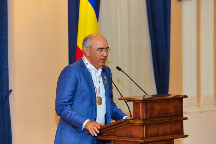 Курбан Бердыев назначен вице-президентом - тренером «Ростова»