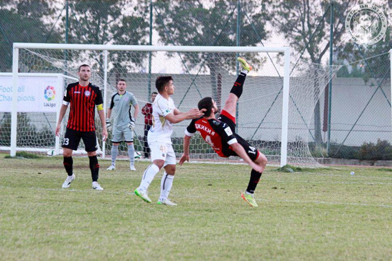 «Амкар» завершил первый контрольный матч ничьей