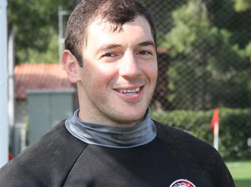 Дмитрий Хомич сыграл свой сотый матч в РФПЛ