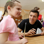 Игроки «Ростова» посетили в Таганроге детский дом