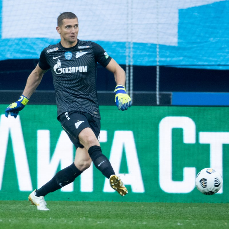 «Зенит» продлил контракт с Михаилом Кержаковым до конца сезона 2021/22