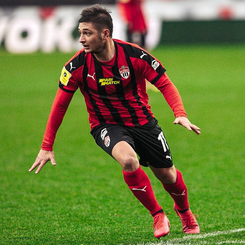 Аршак Корян заключил новый долгосрочный контракт с «Химками»