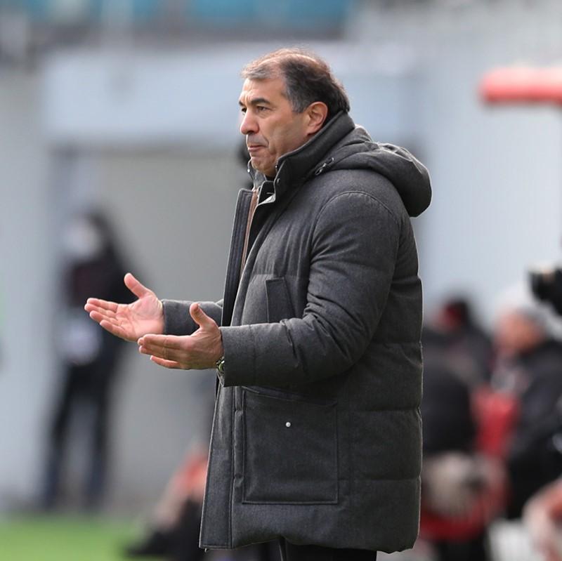 Рашид Рахимов подал в отставку с поста главного тренера «Уфы»