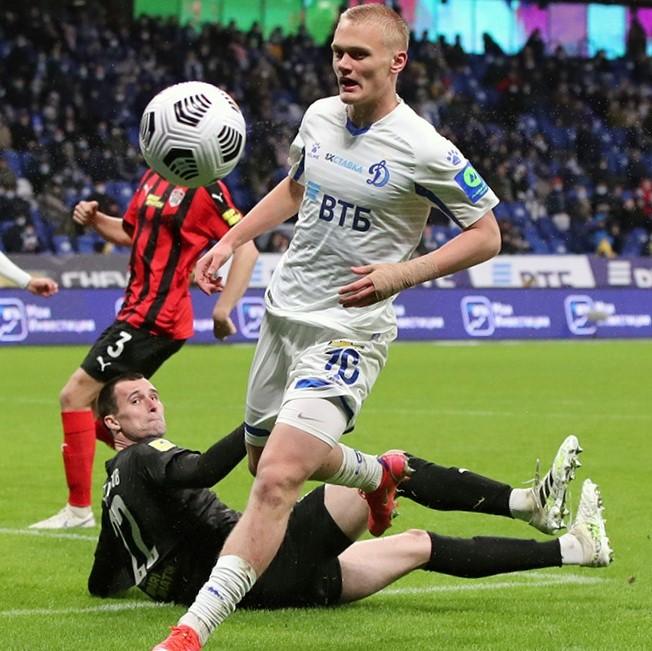 Константин Тюкавин продлил контракт с «Динамо»