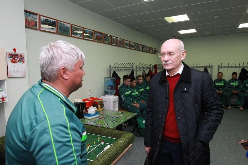 Рустэм Хамитов посетил спортивные объекты футбольного клуба «Уфа»