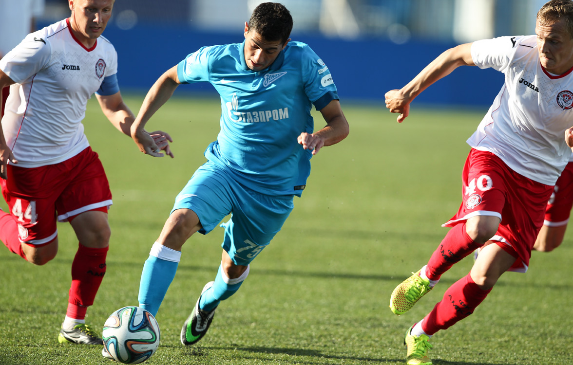Артем Симонян продолжит карьеру в швейцарском «Цюрихе»