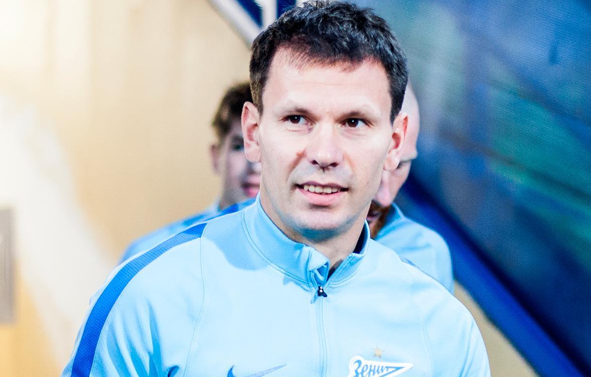 Константин Зырянов: «Смольникову будет стыдно за плохую игру. Он же мой сосед»