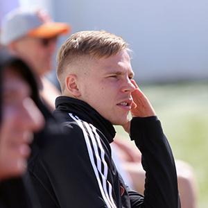 Николай Золотов: «В «Урал» я пришел из клуба ниже уровнем, но болельщики приветствовали, желали удачи»