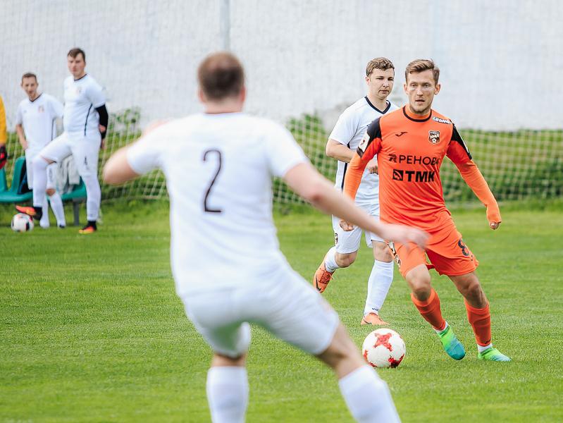 «Урал» открыл сезон матчем против болельщиков