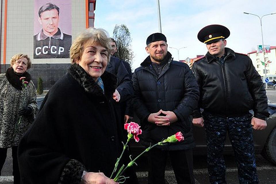 Семь лет назад в Грозном была открыта мемориальная доска в честь Льва Яшина