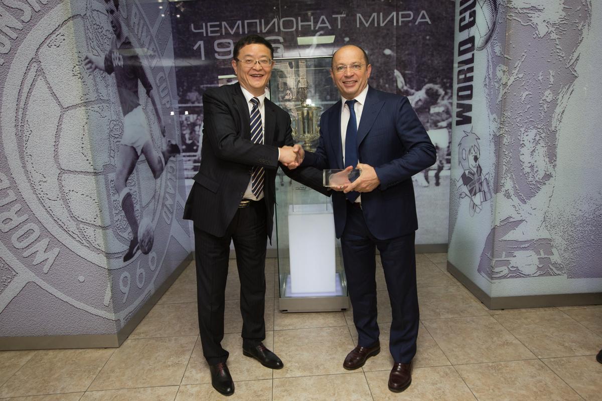 Премьер-Лига поделилась опытом с китайской стороной