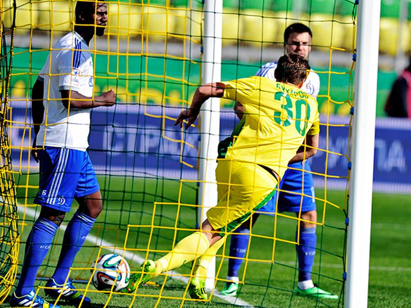 «Динамо» крупно проиграло «Анжи»