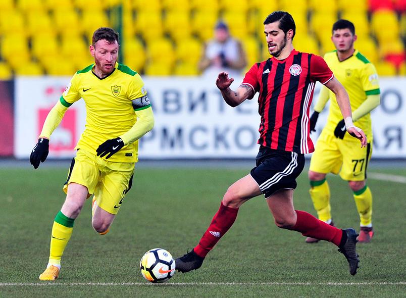 «Анжи» нанёс поражение «Амкару»