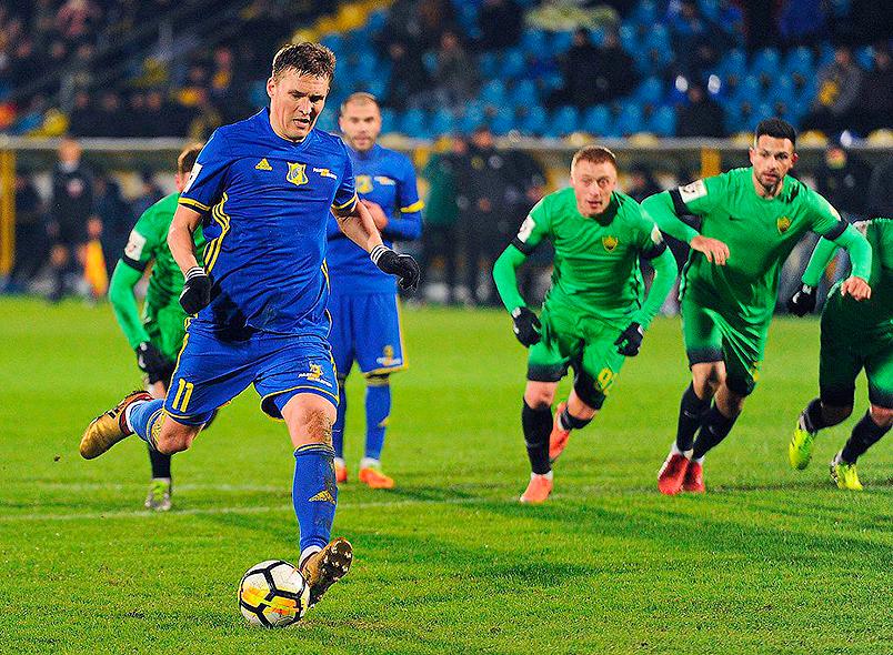 Голы Бухарова принесли победу «Ростову»