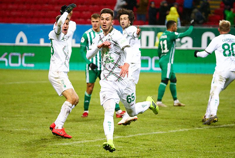 «Рубин» вырвал победу в матче с «Ахматом»