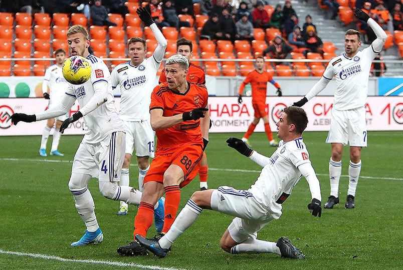 «Оренбург» победил в Екатеринбурге