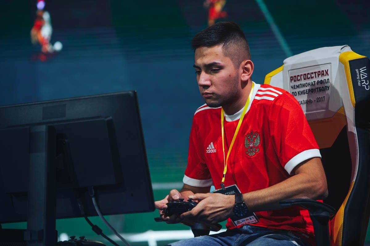 Богдан Астанин победил в ТОП32 Xbox