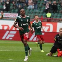 «Локомотив» обыграл «Крылья Советов» и вышел на промежуточное первое место