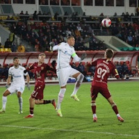 «Зенит» обыграл «Рубин» благодаря дублю Дзюбы