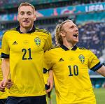 Сборная Швеции благодаря победе над Польшей вышла в плей-офф Евро-2020 с первого места в группе