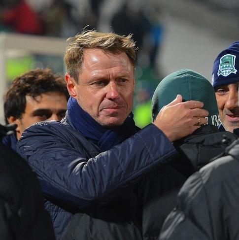 Олег Кононов признан лучшим тренером месяца