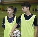«Добрые сердца» объединили юных футболистов