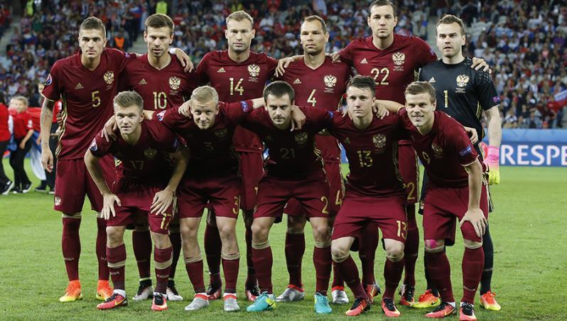 Станислав Черчесов назвал состав на матчи с Турцией и Ганой