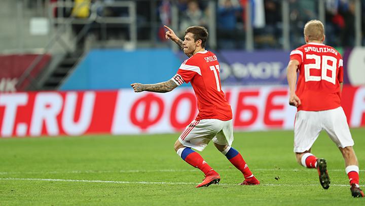 Сборная России забила три мяча в ворота Испании