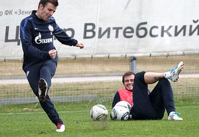«Лазович не дает мне шансов разговаривать на русском»