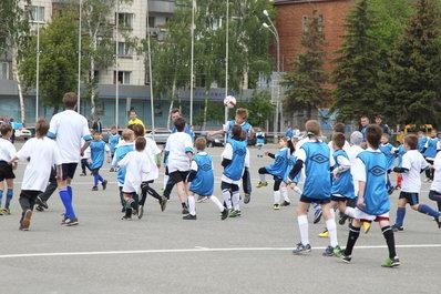 Всероссийский футбольный праздник стартовал в Самаре