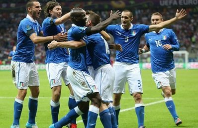 В финале ЕВРО-2012 сыграют Испания и Италия