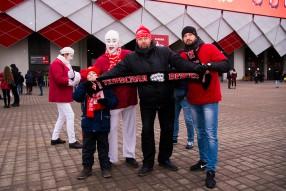 Болельщики отлично провели время перед матчем «Спа ...