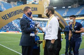 Церемония награждения «Зенита» золотыми медалями и ...