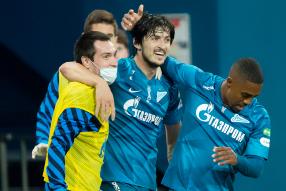 Zenit 4-1 FC Orenburg