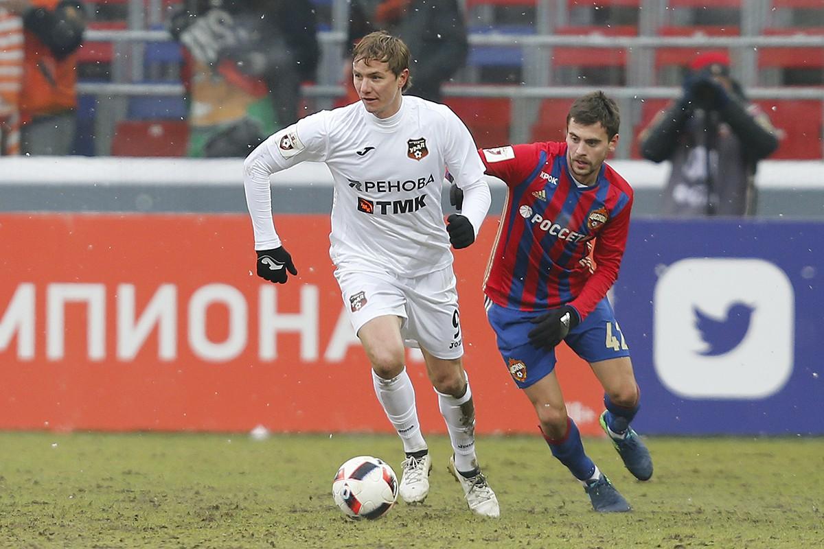 Роман Павлюченко, Георгий Щенников