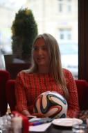 Первое знакомство финалисток Мисс Премьер-Лига 201 ...