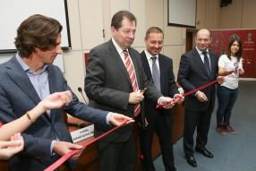 Открытие волонтерского центра в «Синергии»