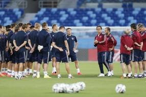 Тренировка сборной и пресс конференция 16.06.2014