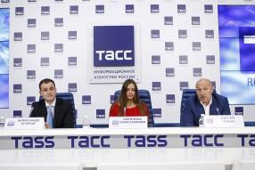 Александр Егоров, Каролина Севастьянова и сергей Чебан