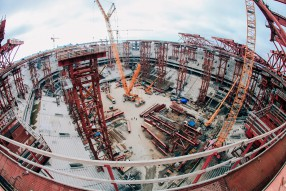 Строящиеся стадионы клубов РФПЛ